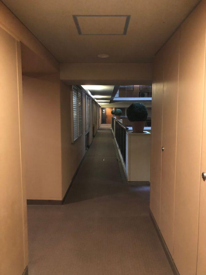 アイマークタワー 玄関前廊下