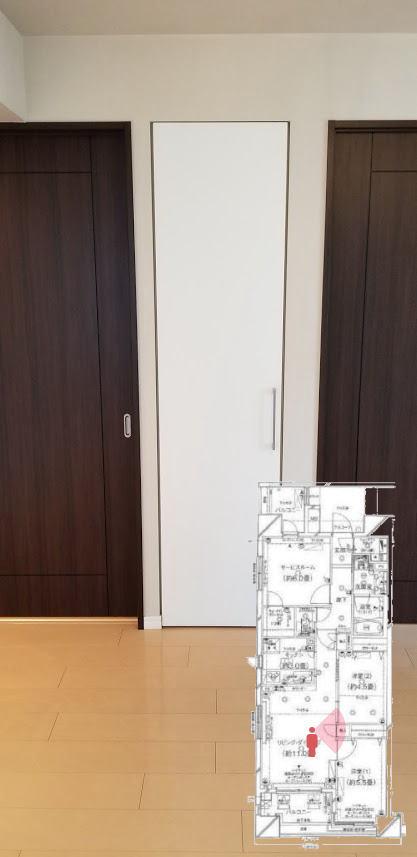 クレストフォルム日本橋水天宮のリビングダイニングルームの収納
