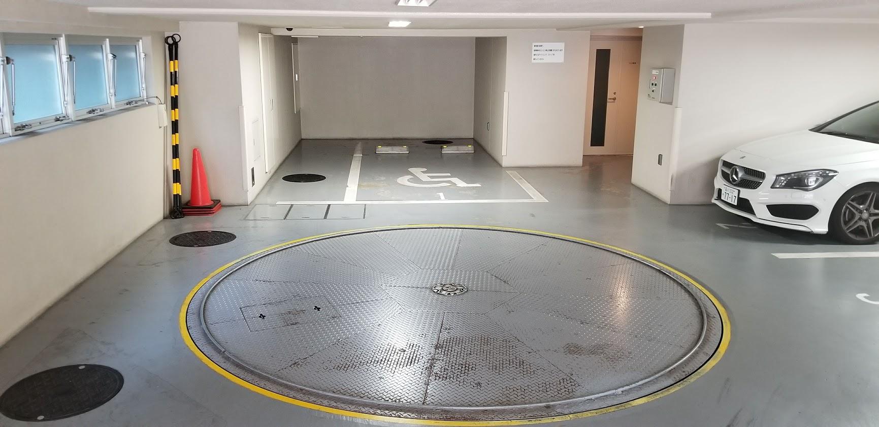 クレストフォルム日本橋水天宮の平置き駐車場