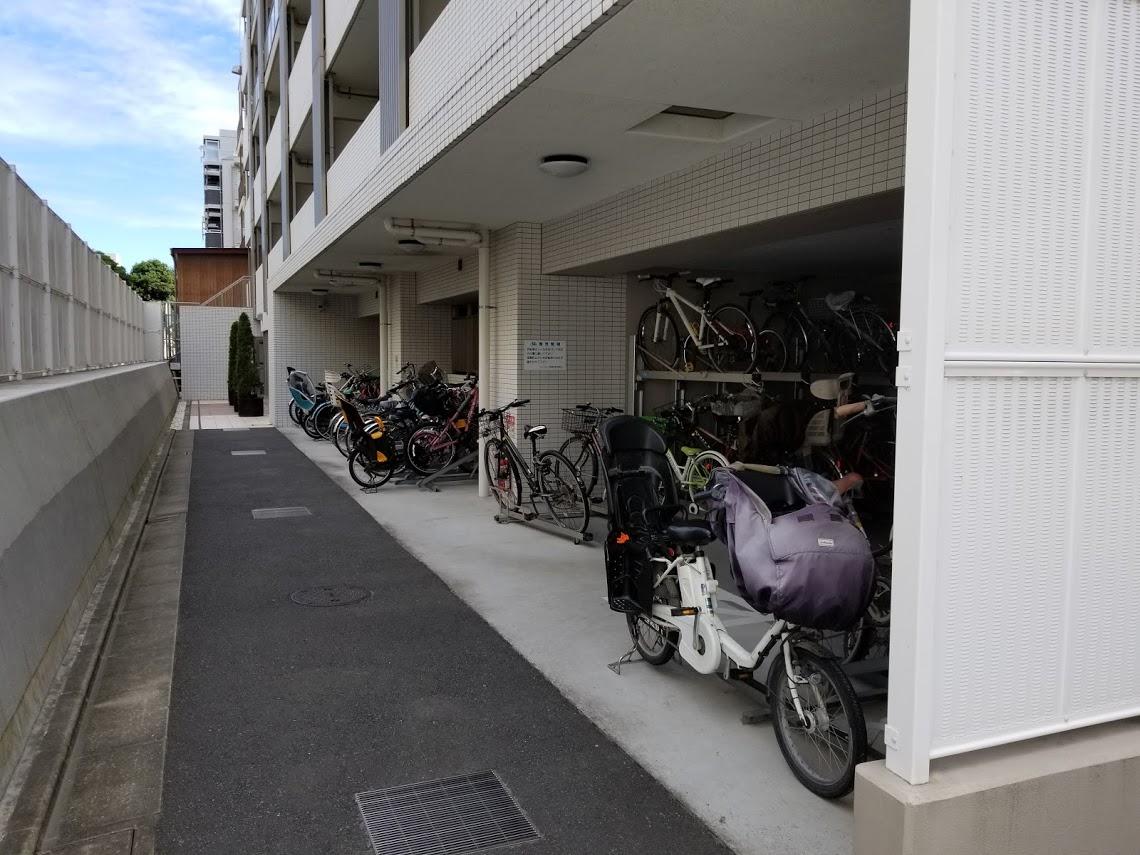 プレミスト東陽町の駐輪場
