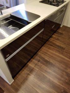 オープンレジデンシア麻布六本木 キッチン下部収納